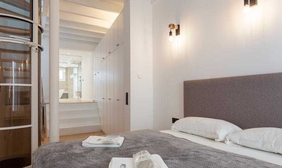 ec-homes-calatrava-home-the-house-slide-1-2